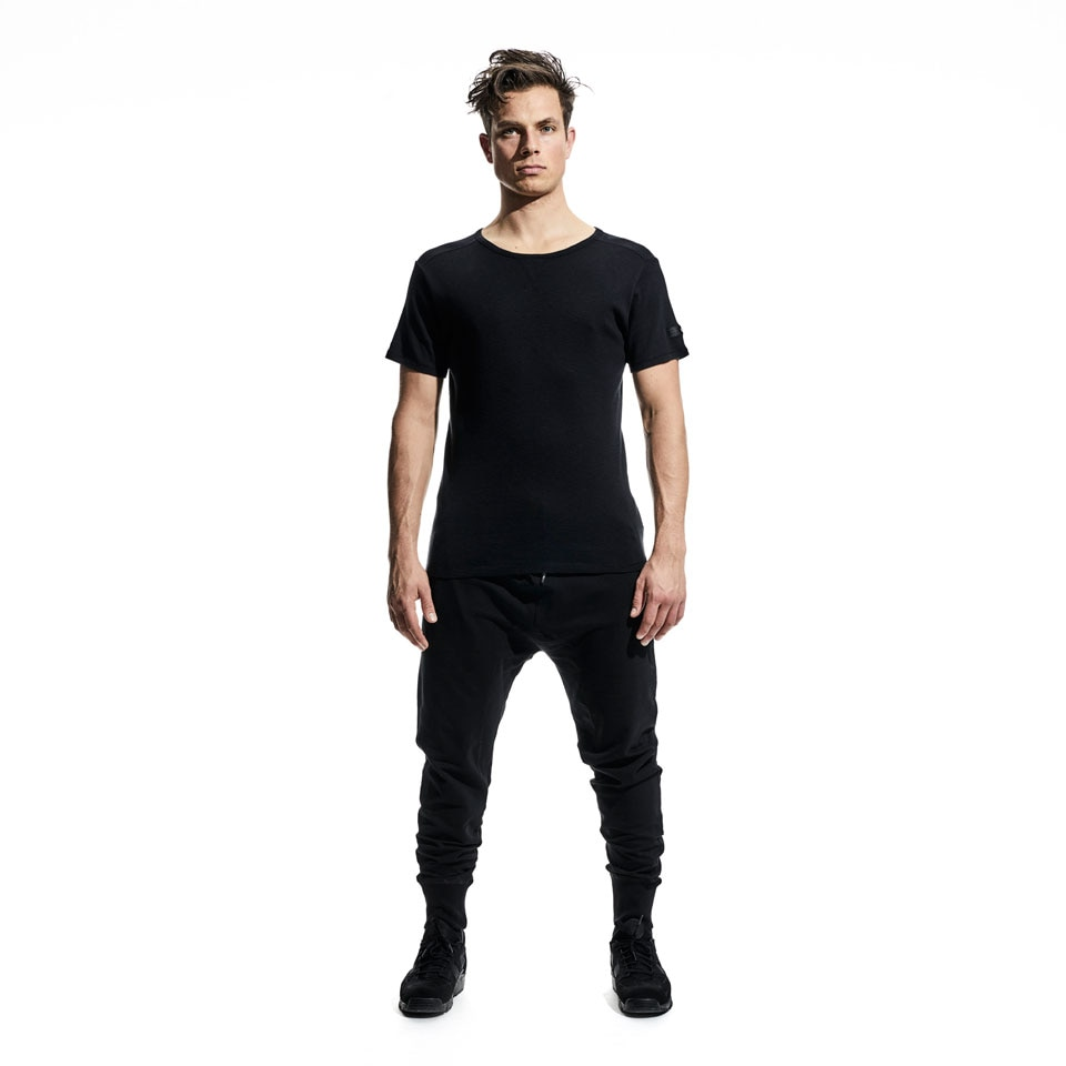 base mens sweatpants - black