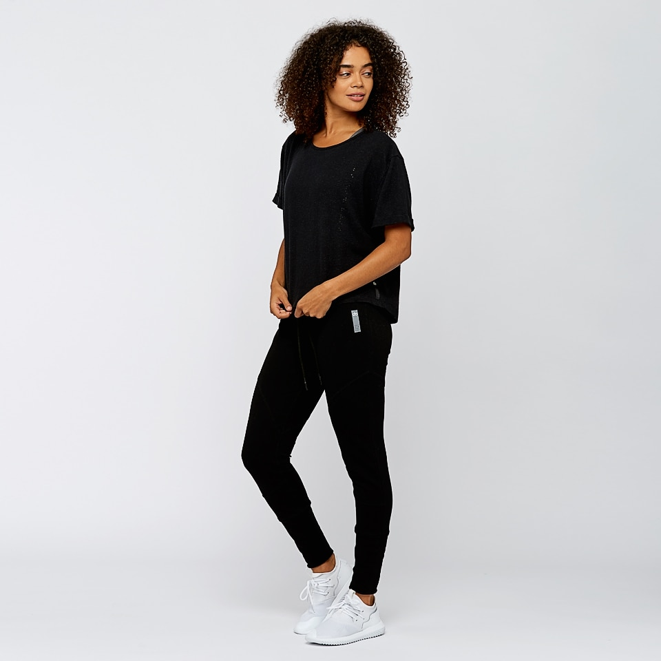 base womens boxy t-shirt - black
