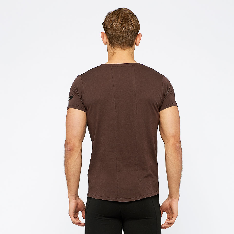 icon mens sports t shirt - chocolate aubergine