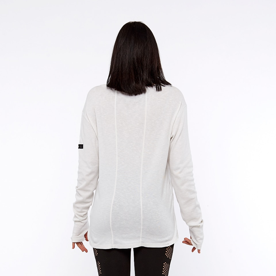 run the world 196 long sleeve - white